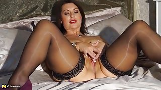 Hot mature in heels and stockings