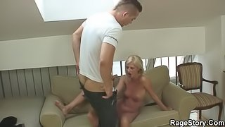 Shaved-pussy blonde ride his hard angry cock