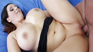 Incredible pornstar Noelle Easton in exotic cunnilingus, big butt xxx clip