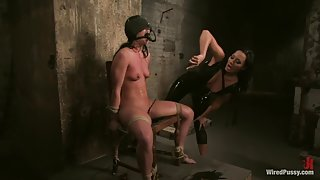 Sandra Romain and Ariel X in Wiredpussy Video