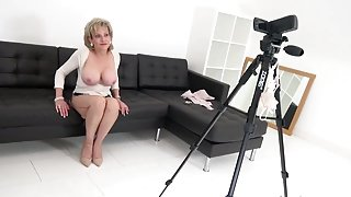 WORLD NYLONS lady tease in high heels braless