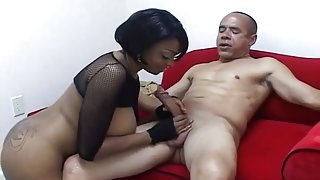 Guy Dasilva Gives A Hot Beef Injection To Carmen Hayes